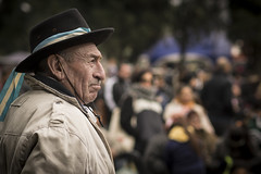 PAISANO (diegocazzaretto) Tags: nikon argentina street portrait hombre campo bandera
