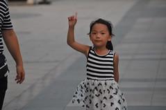 西安人 (卢芳思) Tags: 西安 穆斯林 人 孩子 中国 回民街 chinese people babies minority ethnic humans humanfaces faces retratos ritratti portraits
