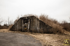 Abandonded Seneca Army Depot-27 (27K Photography) Tags: newyork abandoned rural army upstatenewyork depot base seneca abandonedbuilding senecaarmydepot 27kphotography
