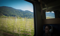 Vineyards (@Tuomo) Tags: italy train landscape sony mk2 rx100