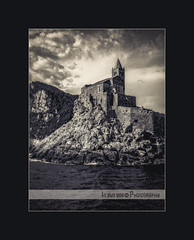 San Pietro B&W (in eva vae) Tags: sea blackandwhite bw italy seascape church nature water canon monocromo boat eva italia liguria cape romanesque portovenere laspezia grafic spietro eos500d eosrebelt1i inevavae