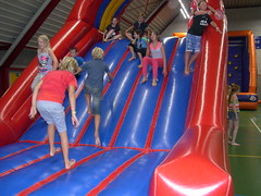 "zomerspelen 2013 Adventurepark • <a style=""font-size:0.8em;"" href=""http://www.flickr.com/photos/125345099@N08/14220820667/"" target=""_blank"">View on Flickr</a>"