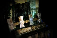 Paris, promenade au Pre Lachaise et ses environs (Calinore) Tags: street wood city paris france night evening passage soir rue perelachaise nuit ville idf bois capitalcity 20eme xxeme hccity