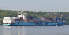 Maersk Palermo (Jacques Trempe 2,320K hits - Merci-Thanks) Tags: river ship quebec stlawrence stlaurent palermo fleuve navire maersk stefoy