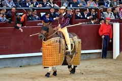 23 05 14_3102 (fjac65) Tags: madrid las miguel angel de san feria el toros juli isidro corrida josé maría manzanares ventas 2014 perera