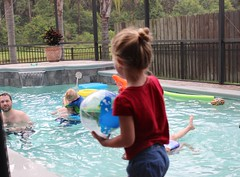 IMG_6727 (drjeeeol) Tags: pool swimming backyard patio charlie triplets 4thofjuly chaz 2014 5yearsold maelee