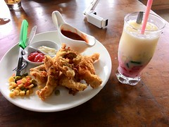 Fish Finger Steak Crispy and Penjawi Ice . Joglo Ki Penjawi - Coffee House. Asus Zenfone 5