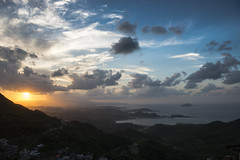 九份 (hirokazukobayashi) Tags: sunset sea sky mountain nikon taiwan nikkor 台灣 風景 九份 d800 瑞芳 落日 2470mm jiufen ruifang 28g 九份國小 新北市 newtaipeicity