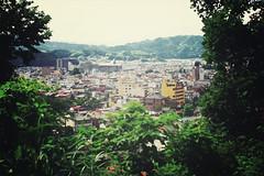 Takayama | Japan, July 2014 (Sebastien BERTRAND) Tags: city japan canon streetphotography streetphoto takayama japon ville photoderue  shiroyama shiroyamapark eos40d  canon40d fotomato sebfotomato sbastienbertrand sebastienbertrand parcshiroyama