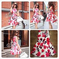 ราคา 650 บาท ✨Sevy Girly Pink-Salmon Red Blossom Print Dress✨  เนื้อผ้าโพลีเอสเตอร์ เนื้อผ้าขึ้นทรงสวย โดดเด่นด้วยงานพิมพ์ลายดอกกุหลาบสีแดง โทนสีสีสดสวยน่าใส่มากคะ สวยเก๋ด้วยทรงเดรสแขนกุด ชายกระโปรงจับจีบพองนิดๆ ทรงสวยรับกับลายดอกไม้มากคะ สวยเก๋สไตล์สาวยุ