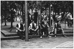 Black & White Glasgow (Brian Aitkenhead [PHOTOGRAPHY]) Tags: street men work break