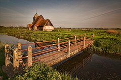 Marshy... (Maverick) Tags: uk longexposure england church parish sunrise dawn kent sheep marsh fairfield causeway brookland romneymarsh englishheritage timberframe parishchurch archbishopofcanterbury 1170 1162 brenzett snargate bwbigstopper stthomasbecketchurch becketbarnfarm