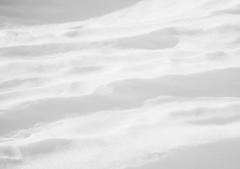 SoftLines.jpg (Klaus Ressmann) Tags: klaus ressmann omd em1 abstract fvalthorens snow winter blackandwhite design flcabsnat minimal softtones klausressmann omdem1