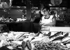 Eye on the (Fish) Scales (HelenBushe) Tags: barcelona laboqueria market fishfilleting monochrome bw blackandwhite street candid photography people strangers