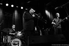 Raul de Souza Quartet (jazzfoto.at) Tags: wwwjazzfotoat wwwjazzitat jazzitsalzburg jazzitmusikclubsalzburg jazzitmusikclub jazzfoto jazzfotos jazzphoto jazzphotos markuslackinger jazzinsalzburg jazzclubsalzburg jazzkellersalzburg jazzclub jazzkeller jazzit2017 jazz jazzsalzburg jazzlive livejazz konzertfoto konzertfotos concertphoto concertphotos liveinconcert stagephoto greatjazzvenue greatjazzvenue2017 downbeatgreatjazzvenue salzburg salisburgo salzbourg salzburgo austria autriche rauldesouza rauldesouzaquartet braziljazz brazilianjazz blitzlos ohneblitz noflash withoutflash sw schwarzweiss blackandwhite blackwhite noirblanc bianconero biancoenero blancoynegro sony sonyalpha sonyalpha77ii alpha77ii