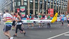 London Marathon 2017 McMillan Monarch (sarflondondunc) Tags: londonmarathon westminsterbridge westminster london 2017 monarchairlines mcmillan