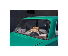 31805171 (ufuk tozelik) Tags: ufuktozelik urban automobile lada hat glass car wicker green teal parking sunlight city