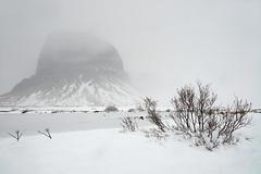 Montagne Lómagnúpur #2 [ Islande  ~ Iceland ] (emvri85) Tags: islande iceland winter hiver neige snow zeiss d800e leefilters