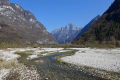 Cordevole verso nord (Tabboz) Tags: montagna escursione valle cordevole fiume torrente ruscello cime panorama pascoli sentiero