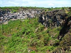 sinkhole - santa cruz island, galápagos 3 (Russell Scott Images) Tags: santacruzisland galápagos equador sinkholes losgemelos twincraters