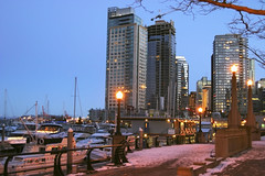Vancouver_0100 (Mike: Time Off, Back Shortly) Tags: vancouver cityofvancouver coalharbour snow winter earlywinter bc britishcolumbia canada westerncanada westernregion twilight evening