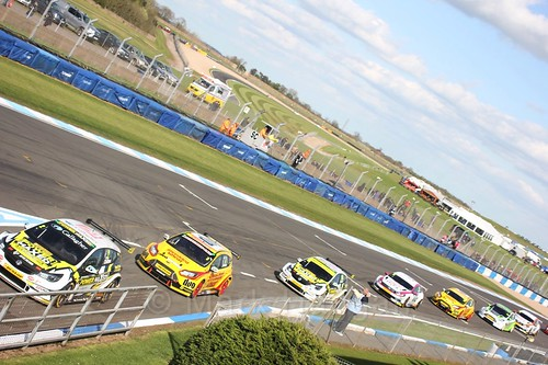 Qualifying during the BTCC Weekend at Donington Park 2017