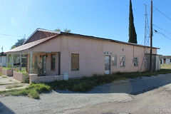 Gateway Lodge (rfulton) Tags: abandoned abandonedbuildings motels touring touristcourts texas