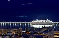 IMG_1180 (nelson_tamayo59) Tags: barco puerto crucero tenerife mar luces costa canarias