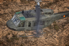 COPYRIGHT. FRANCISCO FRANCÉS TORRONTERA. (3) (Francisco Francés Torrontera (Oroel)) Tags: ejércitodetierra ejércitoespañol bellhelicopter bell uh1h uh1huey uh1 huey famet fuerzasarmadasespañolas fuerzasaeromóvilesdelejércitodetierra militaryhelicopters spanisharmyhelicopter spanish spanisharmy