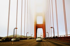 Golden Gate Bridge (Lue Huang) Tags: sanfrancisco city canon citylife atmosphere goldengatebridge f4 2470 5d3