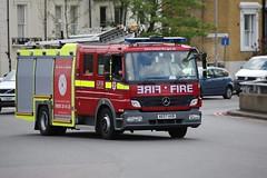 LFB DPL1282 (kenjonbro) Tags: uk red england london fire mercedes blackheath mercedesbenz a2 2007 1325 eastgreenwich atego se3 blackwalltunnel londonfirebrigade e231 worldcars a102m kenjonbro eastgreenwichfirestation dpl1282 ae07hxb canoneos5dmkiii suninthesandsroundabout canonzoomlensef70300mm1456isusm