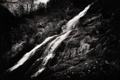 acqua ... (Roberto Defilippi) Tags: bw primavera water waterfall bn piemonte acqua springtime rodeos cascata 2014 nikond7100 robertodefilippi