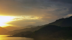 fewa lake (luthfulplabon) Tags: nepal sunset sky lake canon landscape valley pokhara lastlight 6d fewlake