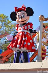 Dream Along With Mickey (disneylori) Tags: disney disneyworld characters minniemouse wdw waltdisneyworld magickingdom disneycharacters dreamalongwithmickey nonfacecharacters