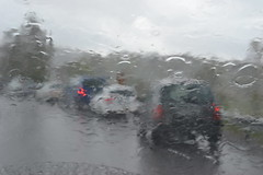 Grumpy weather (hcorper) Tags: cars water rain hail wasser traffic queue grumpy vatten regen regn gtakanal weeklytheme bridgeopening broppning nikond3100 flickrlounge 52in2014 114picturesin2014