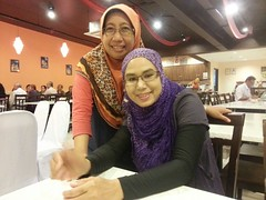 Meeting Bol - after 30 years. (UmmAbdrahmaan @AllahuYasser!) Tags: malaysia 991 ummabdrahmaan flickrandroidapp:filter=none