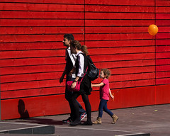 * (donvucl) Tags: family red london wall balloon southbank donvucl olympusepl5