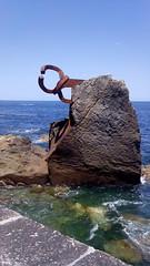 Peine del Viento XV (*KukiCat*) Tags: del mar san sebastian playa viento escultura donosti eduardo roca rocas chillida donostia peinedelosvientos cantábrico peine guipuzkoa peinedelvientoxv
