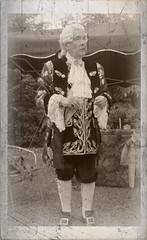 Le Roy (Batrice M. W. 1968) Tags: france costume roi moselle ba sarreguemines lorraineblog