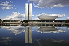 National Congress of Brazil (Francisco Arago) Tags: sunset pordosol brazil sky people monument latinamerica southamerica niemeyer horizontal braslia brasil clouds buildings reflections photography design pessoas df day colours photographer cloudy monumento postcard capital bluesky dia cu structure form fotografia formas reflexos fotgrafo prdios builds distritofederal amricadosul amricalatina colorido nvens cuazul oscarniemeyer estrutura congressonacional cudebraslia cartopostal planaltocentral centrooeste obraprima planopiloto obradearte poderlegislativo repblicafederativadobrasil pontoturstico linhadohorizonte cidadeturstica canonef1635mmf28lii capitaldobrasil canoneos5dmarkii nationalcongressofbrazil atraoturstica arquitetooscarniemeyer franciscoarago projetodeoscarniemeyer projectweather brasiliapatrimoniodahumanidadeunesco capitalinternacional projetotempo braslia54anos