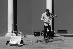 Bath - Steet Artists - Joe Grainger - Explored - Thank you! (myfrozenlife) Tags: uk trip england blackandwhite bw white black canon bath awsome explore streetartist 7d explored streerperformers