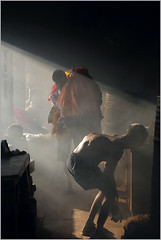 hunch, mumbai (nevil zaveri (thank U for 15M views:)) Tags: light people sunlight india man men work photography photo photographer bend photos interior smoke traditional stock images pack photographs laundry photograph heat bombay destination maharashtra tradition cloth gesture bundle mumbai zaveri saree carry slum hump stockimages peopleatwork ghat nevil dhobi clothe hunch dhobighat nevilzaveri