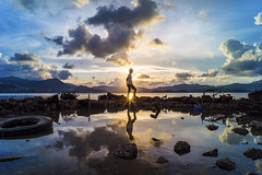 Wu Kai Sha, HK (mikemikecat) Tags: sunset sea summer nature water landscape hongkong scenery sony voigtlander nokton skyblue magicmoment selfie wukaisha a7r 烏溪沙 vm21