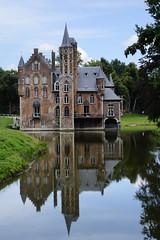 Bazel, kasteel van Wissekerke. (What's Around) Tags: castle belgium belgie kasteel kruibeke bazel kasteelvanwissekerke