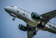 Frontier Flight 932 climbs out of Trenton bound for Orlando (Alpha Victor Bravo Foto) Tags: airplane frontier frontierairlines trentonmercerairport f9 flying
