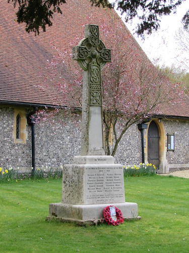 Eastbury: War Memorial (Berkshire)