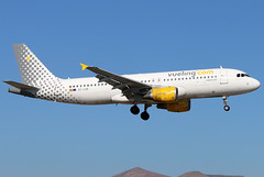 EC-LOB (GH@BHD) Tags: eclob airbus a320 a320200 vy vlg vueling vuelingairlines ace gcrr arrecifeairport arrecife lanzarote airliner aircraft aviation