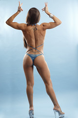 Strike a pose (vercellink) Tags: bodybuilder bodybuilding posing muscles flexing biceps competing muscular workingout