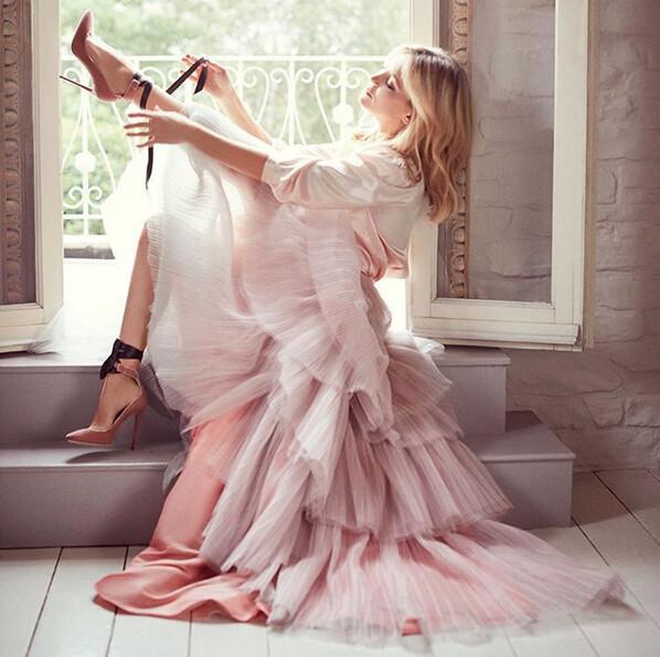 婚禮造型,婚鞋,新娘婚鞋,推薦,2017,選擇婚鞋,高跟鞋,鞋款,品牌,Manolo Blahnik,Jimmy Choo,Badgley Mischka,Roger Vivier,Charlotte Olympia