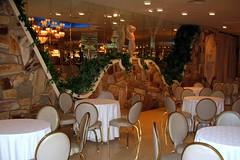 Empire Room I (joeclin) Tags: amateur 2000s northamerica america unitedstates usa newyork ny longisland li nassaucounty northhempstead greatneck leonardspalazzo cateringhall weddingreception indoor color canonpowershotsd500 empireroom interior